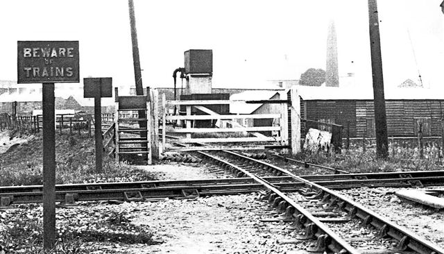 Cae Pawb - southern Gate in 1930s - copyright WHHG archives